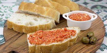 Geroosterde paprika-feta dip